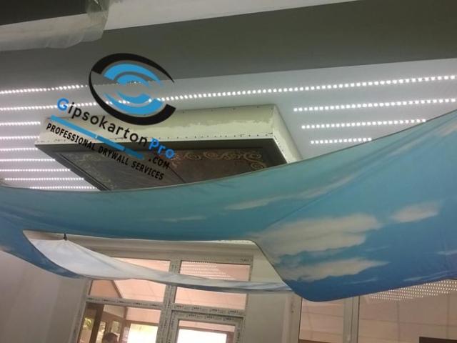 Монтаж на опънати тавани със лед осветление в Бургас