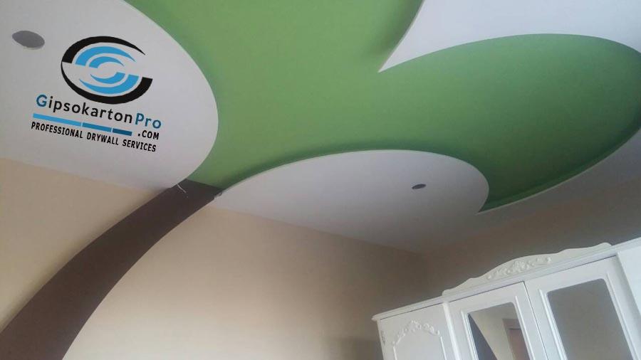 Окачен таван за спалня под формата на Плама със скрито осветление