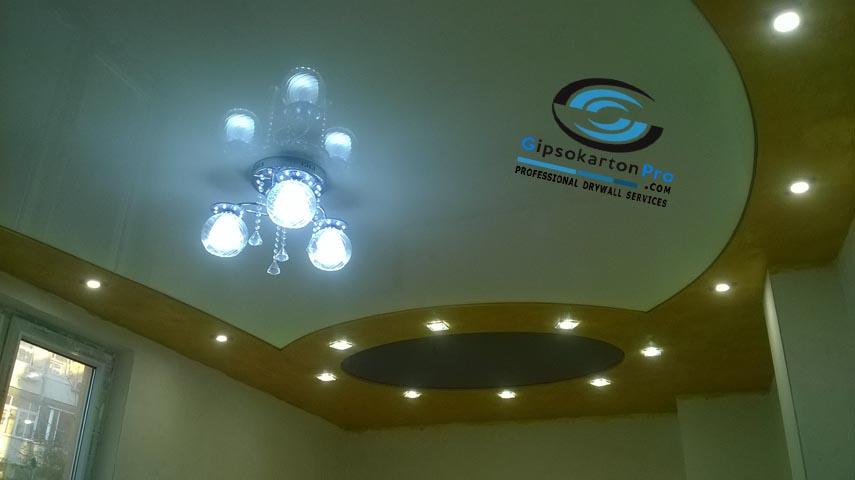Опънати тавани черен и бял гланц в комбинация с гипсокартон