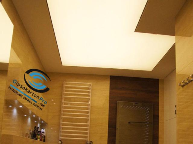 Светещи опънати тавани за баня в Бургас и региона