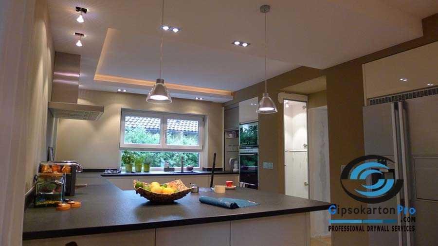 Окачен таван от гипсокартон над кухненски бокс